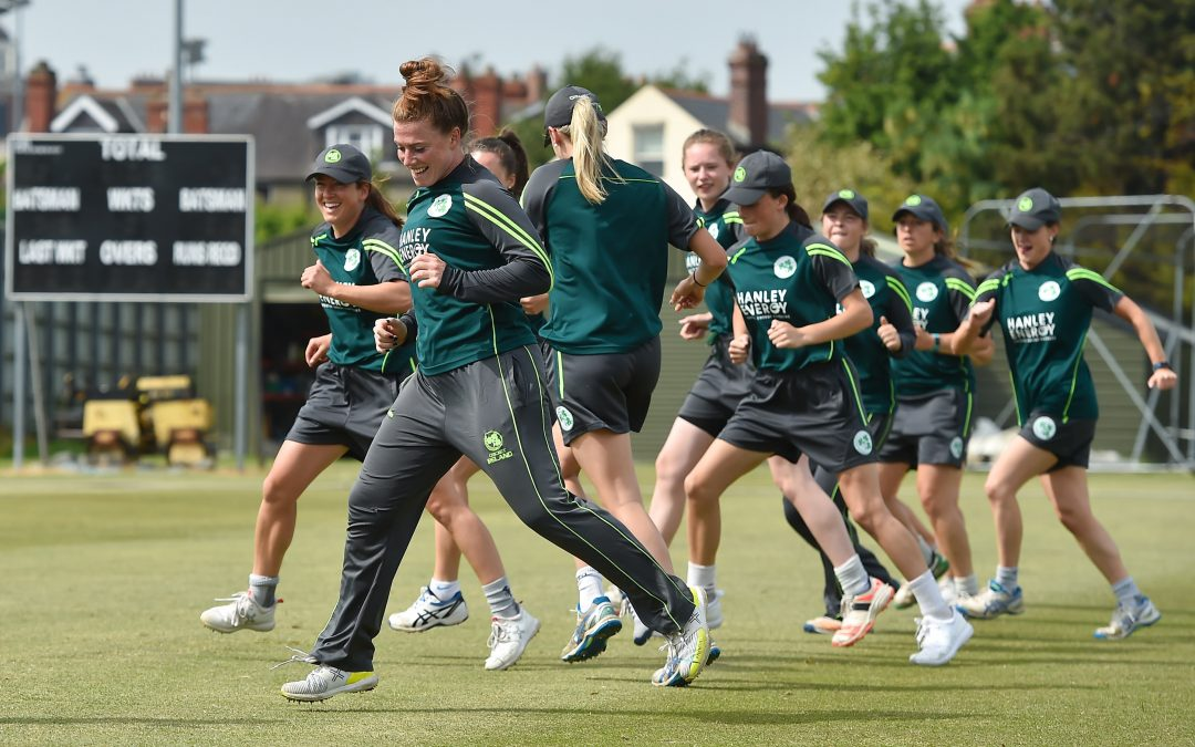 Cricket to Offer Pro Contracts to Women Players in 2019